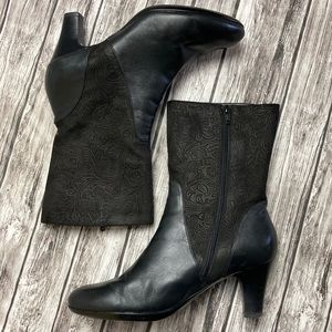 Abeo Honest Black Leather Booties Size 9
